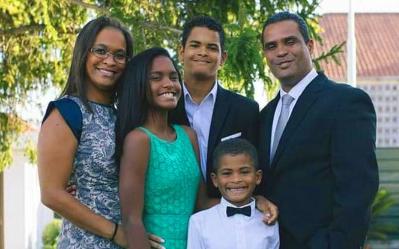 IVONE ARMADA AND HER FAMILY